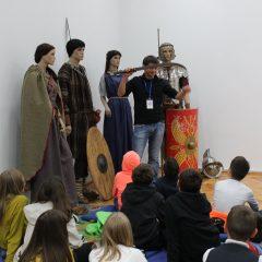 """Programul educaţional ,,Muzeul Viu"""" 06.05.2019"""